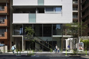 東京都中央区にある防音室付マンション「シンカ」の外観