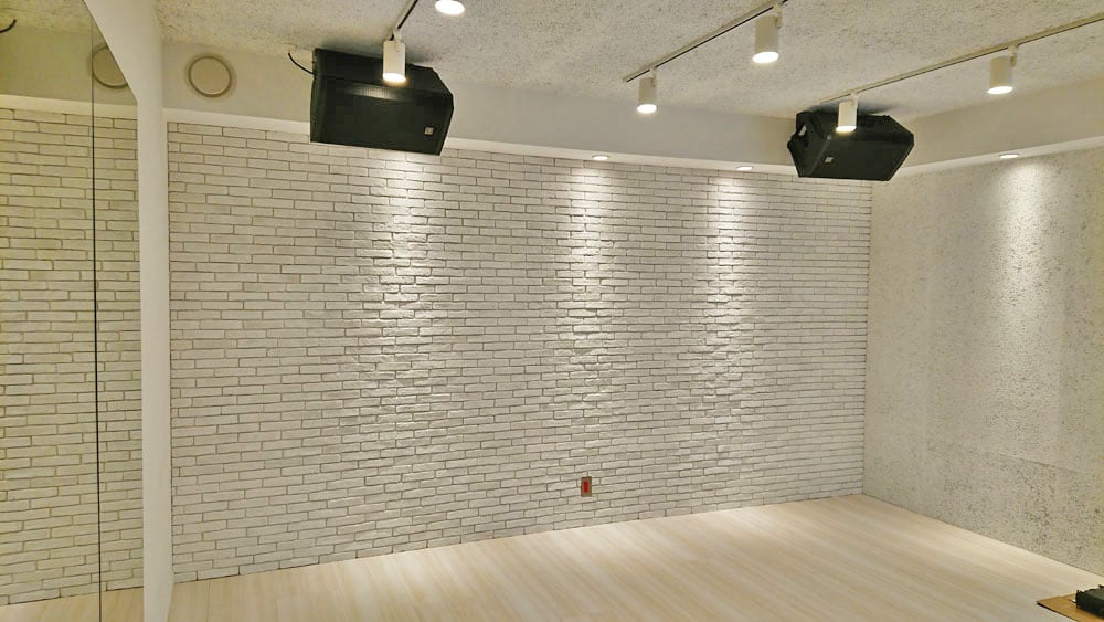 スタジオの内壁
