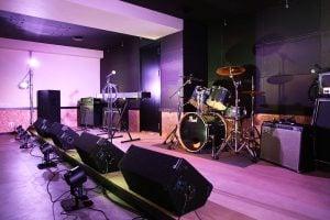 ライブホール