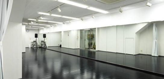 ダンススタジオ4