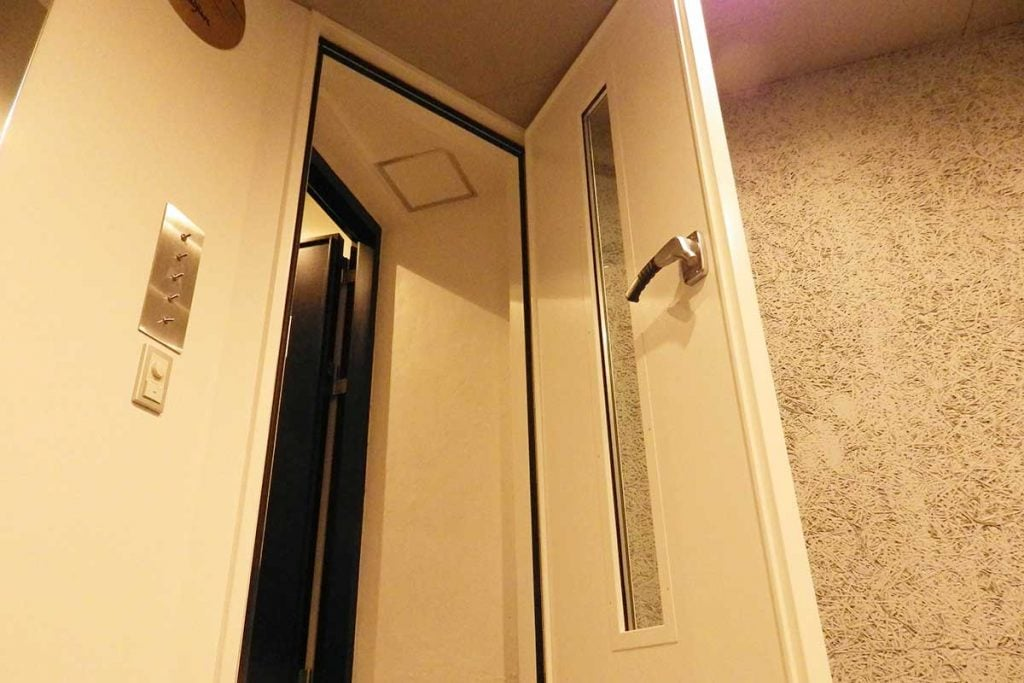 防音室の防音扉