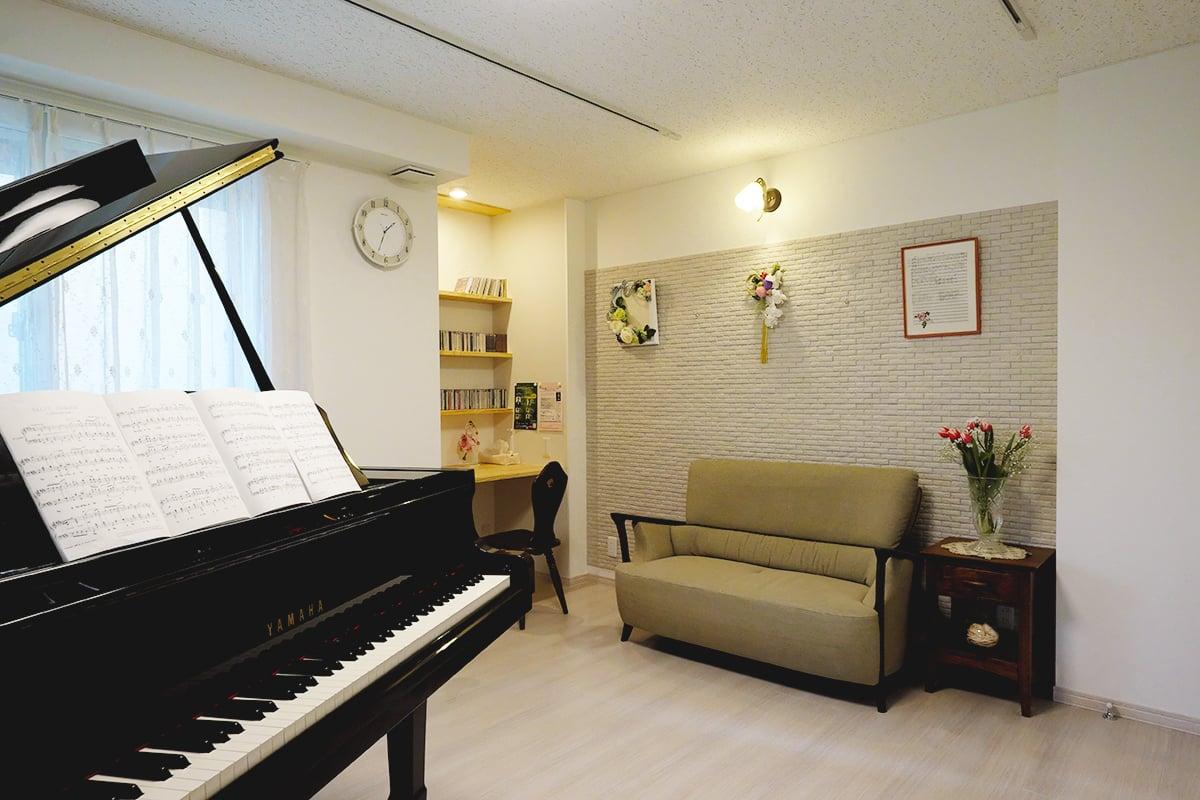 自宅のピアノ音楽教室