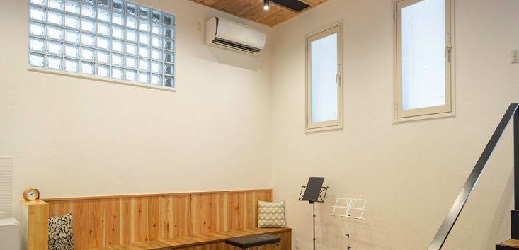 部屋をリノベーションした演奏用の防音室